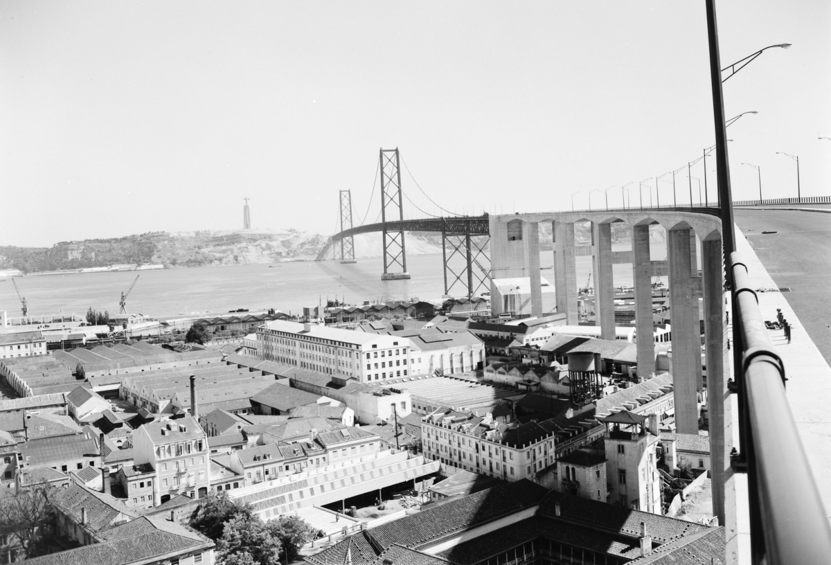 View from the 25 de Abril Bridge - Alcântara Maritime Station and Cristo Rei